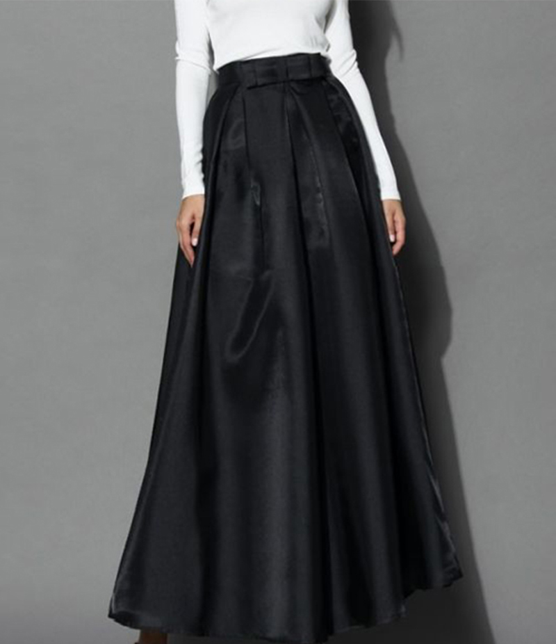 Women's Black Silk Pleated Long Skirt. E4H-BSK018