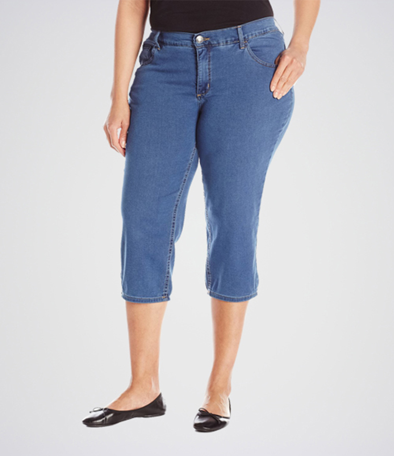 Women's Blue Easy Fit Capri Jeans. KT-01016
