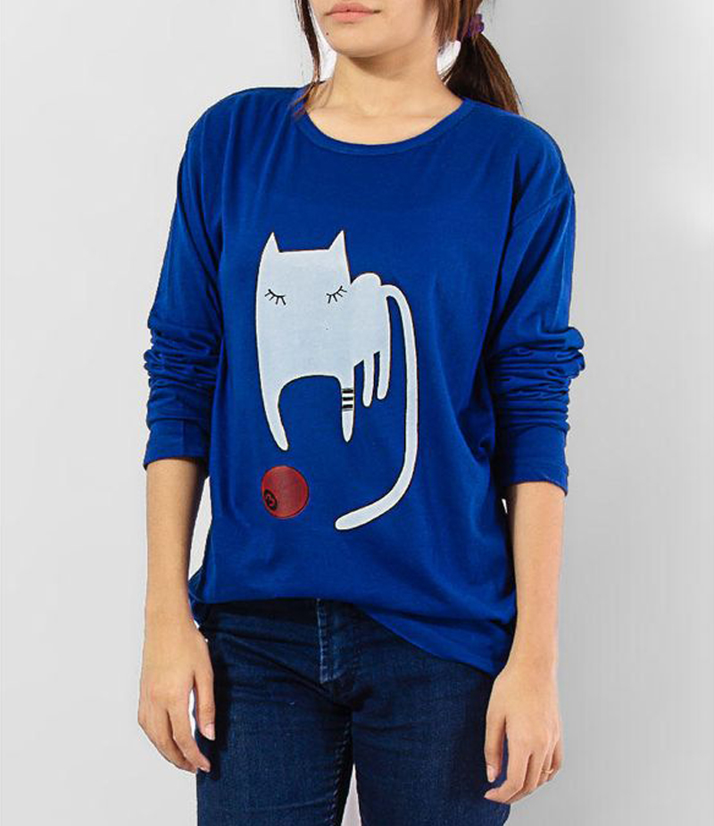 Women's Royal Blue Playing Cat Cotton Printed T-shirt. KTY-FPT189